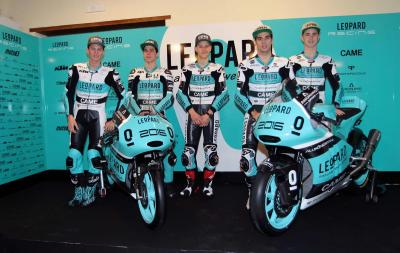 Leopard Racing present 2016 team colours