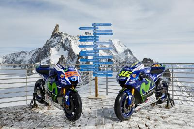 Photo Gallery: Movistar Yamaha goes skiing