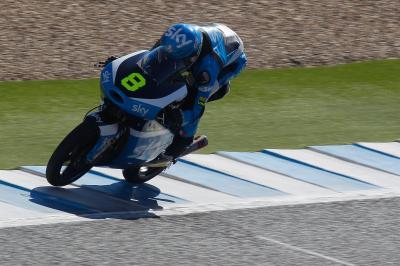 El debutante Bulega lidera el test de Moto3™