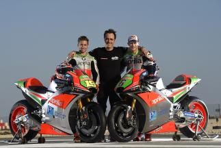 Alvaro Bautista and Stefan Bradl reveal 2016 Aprilia RS-GP