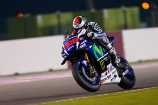 Lorenzo leads as riders push to limit during final test