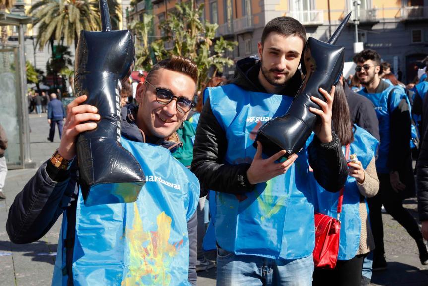 Ducati y TIM por #guardaavanti in Napoli