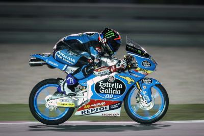 Navarro leads Moto3™ charge in Qatar