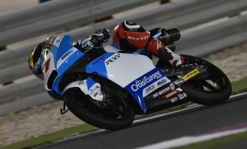 First day of Moto3™ wraps up with Loi on top