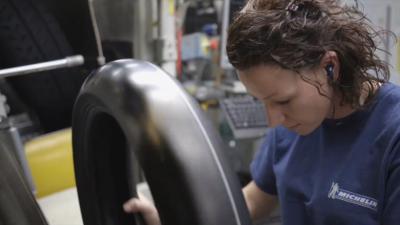 So entsteht ein Michelin-Reifen