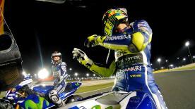 Durante la FP4 del GP de Qatar, Valentino Rossi y Jorge Lorenzo evidenciaban que el complicado final de la temporada 2015 no está del todo olvidado.