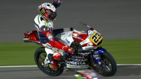 Niccolo Antonelli hat in Katar den dritten Grand Prix Sieg seiner Karriere gefeiert und gewann den Moto3™-Auftakt vor Binder und Bagnaia.