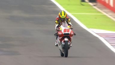 Résumé : Le Malaisien Pawi vainqueur en Moto3™