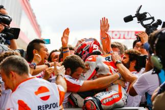 Márquez gewinnt in Argentinien, Rossi erbt Rang zwei