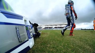 Opening races offer stark contrast for Lorenzo