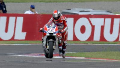 Disaster for Ducati as double podium slips away