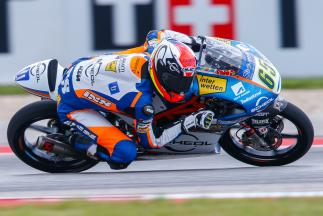 Moto3™ riders battle changing conditions as Oettl lands pole