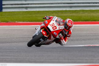 Clouds gather as Nakagami heads Moto2™ morning session