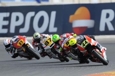 Résumés: Granado se hisse en tête du CEV Moto2™ à Valence