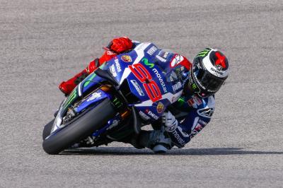 FP1 MotoGP™: Lorenzo ist Schnellster