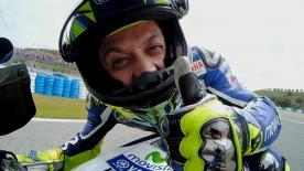 Valentino Rossi conquista la sua 62 esima pole in carriera davanti a Lorenzo e a Marquez.