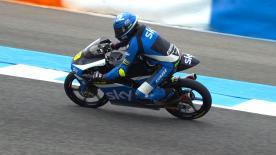Nicolo Bulega segna il primo tempo nelle qualifiche della Moto3™, è prima pole per il rookie SKY Team VR46.