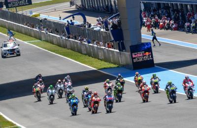 Márquez, en el punto de mira de Rossi y Lorenzo