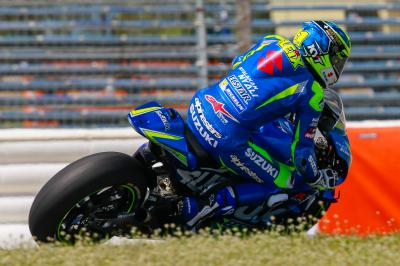 """Espargaro: """"My confidence with the GSX-RR has grown a lot"""""""