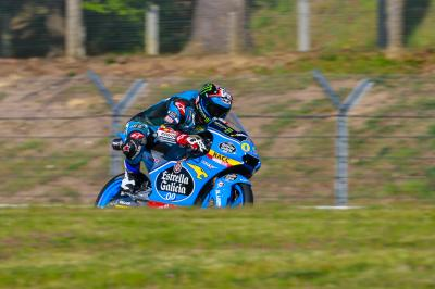 Warm-up Moto3™ : Navarro devant, Binder à terre