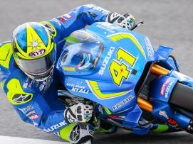 Team Suzuki Ecstar)