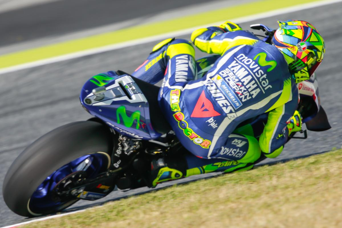 Rossi shakes off Saturday struggles to lead tight Warm Up ...