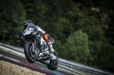 KTM poursuit ses progrès à Brno