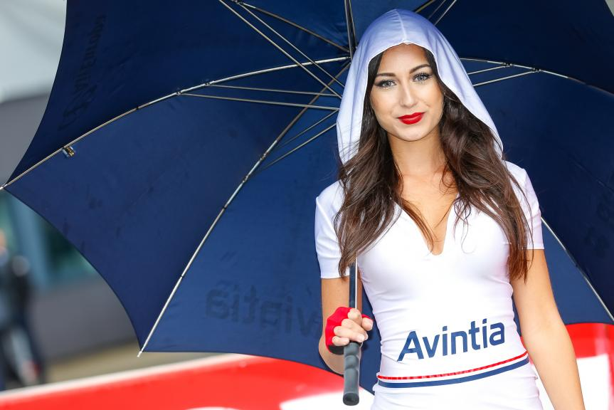 Motogp Umbrella Girl 2017