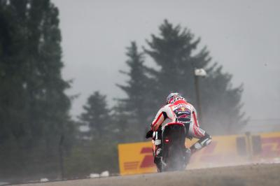 Contrasting fortunes as Pedrosa leads while Marquez falls