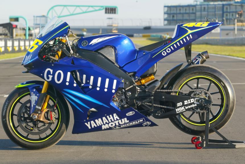 Yamaha YZR-M1, Rossi 2004