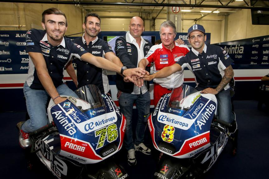 Barberá y Baz renuevan con Avintia Racing