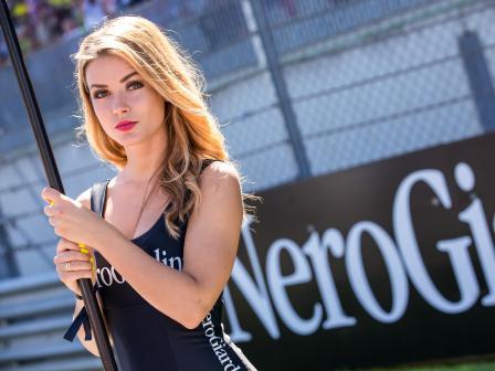 Paddock Girls, NeroGiardini Motorrad Grand Prix von Os