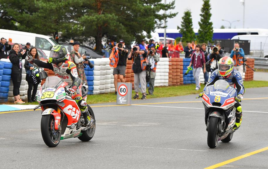 Cal Crutchlow, LCR Honda and Hector Barbera, Avintia Racing, HJC Helmets Grand Prix České republiky
