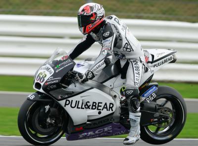 Hernandez im MotoGP™ Warm-Up vorn