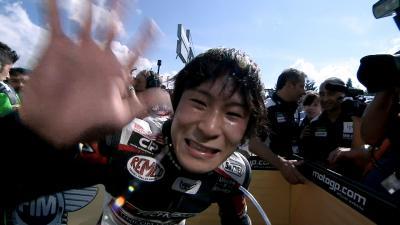 El paddock de MotoGP™ recuerda a Shoya Tomizawa