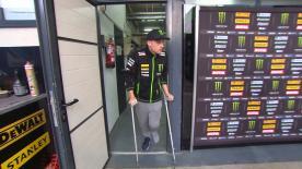 Dopo la caduta nella FP3 il pilota britannico non prenderà parte al GP d'Aragona.