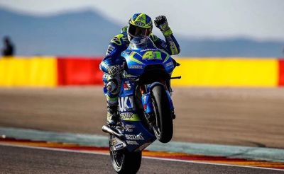 Happy #wheeliewednesday everybody! ✌️✊