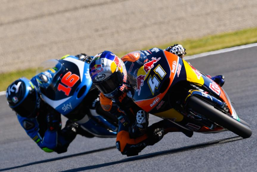Brad Binder, Red Bull KTM Ajo and Andrea Migno, SKY Racing Team VR46, Motul Grand Prix of Japan