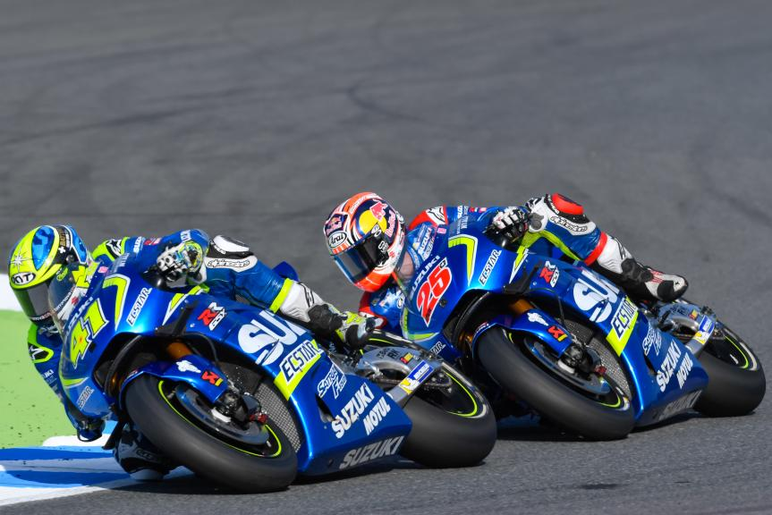 Maverick Viñales, Aleix Espargaro, Team SUZUKI ECSTAR, Motul Grand Prix of Japan
