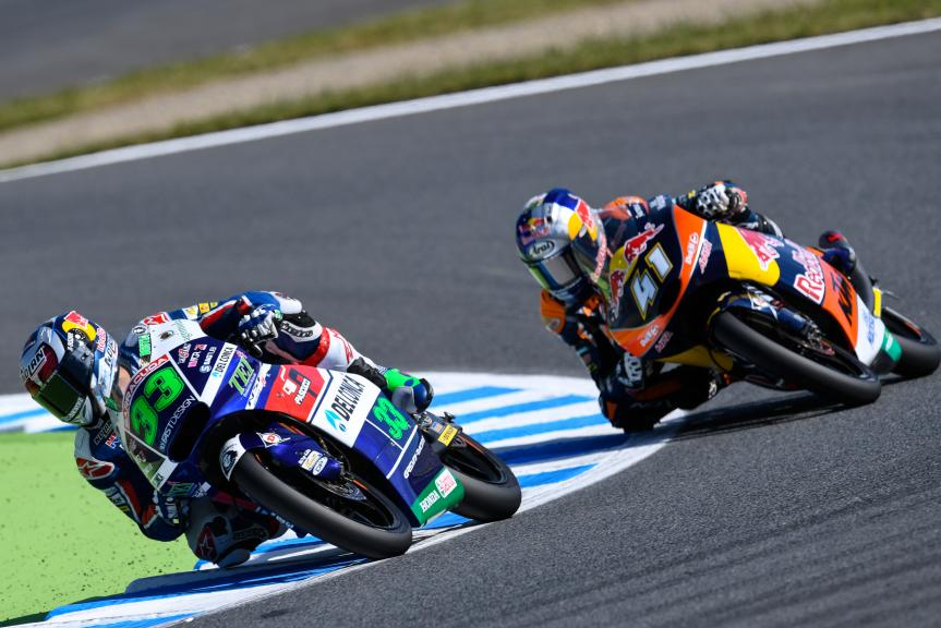 Brad Binder, Red Bull KTM Ajo and Enea Bastianini, Gresini Racing Moto3, Motul Grand Prix of Japan