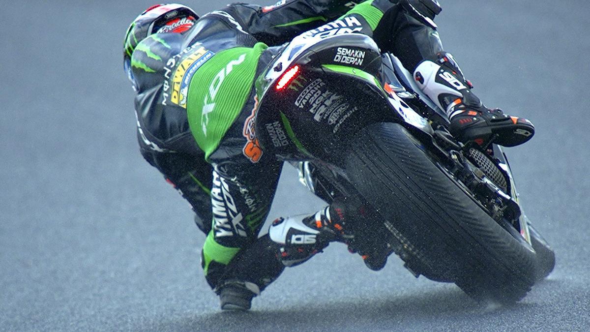 #AustralianGP MotoGP™ qualifying in slow motion detail   MotoGP™