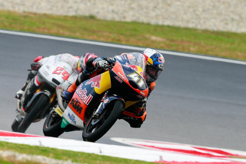 Brad Binder, Red Bull KTM Ajo and Tatsuki Suzuki, CIP-Unicom Starker, Shell Malaysia Motorcycle Grand Prix