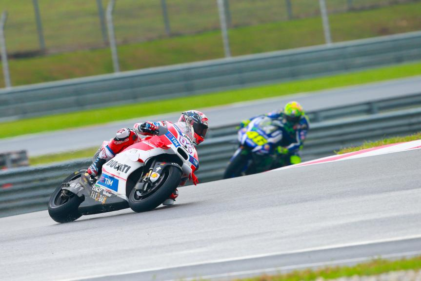 Andrea Dovizioso, Ducati Team and Valentino Rossi, Movistar Yamaha MotoGrand Prix, Shell Malaysia Motorcycle Grand Prix