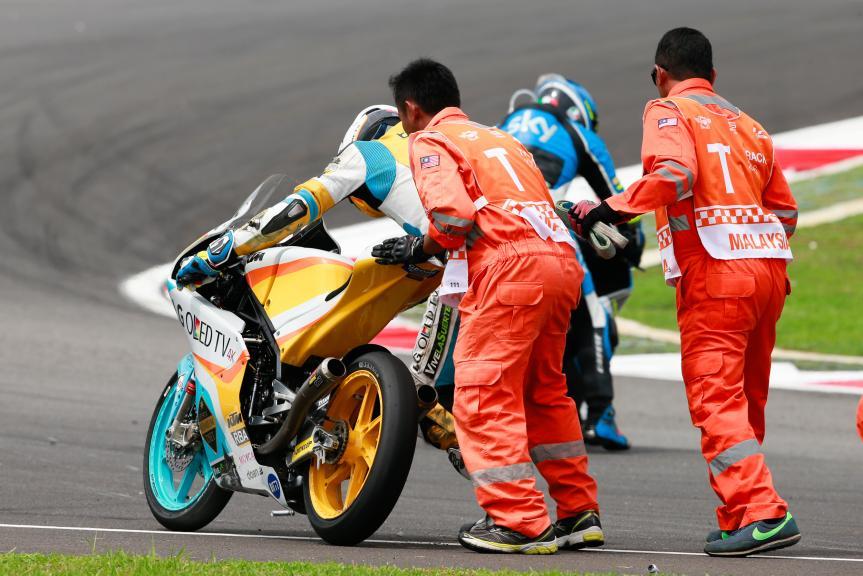 Juanfran Guevara, RBA Racing Team and Andrea Migno, SKY Racing Team VR46, Shell Malaysia Motorcycle Grand Prix