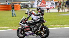 Johann Zarco a remporté son second titre Moto2™ en s'offrant une superbe victoire devant Morbidelli et Folger à Sepang.