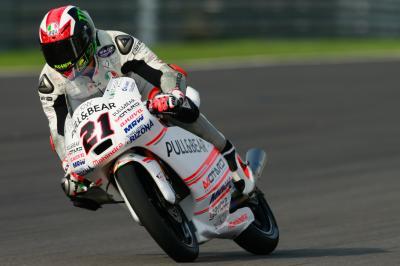 Bagnaia gana una accidentada carrera de Moto3™