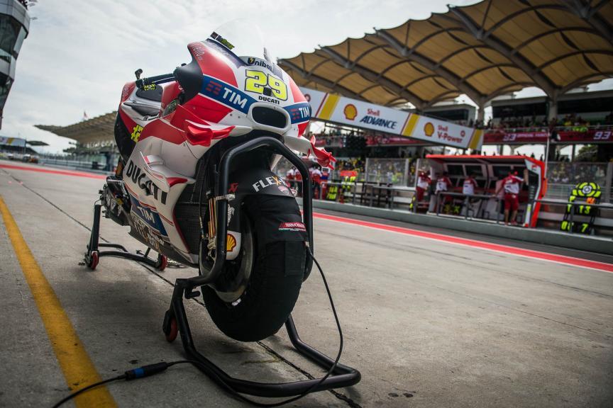 Andrea Iannone, Ducati Team, Shell Malaysia Motorcycle Grand Prix © 2016 Scott Jones, PhotoGP