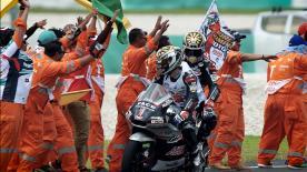 Retour sur la saison 2016 de Johann Zarco, premier pilote de l'histoire du Moto2™ à avoir défendu et conservé son titre.