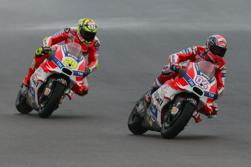 Andrea Dovizioso, Andrea Iannone, Ducati Team, Shell Malaysia Motorcycle Grand Prix