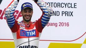 All the most unmissable moments from the #MalaysianGP in one place!